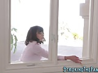 Teen stepsis cum drenched